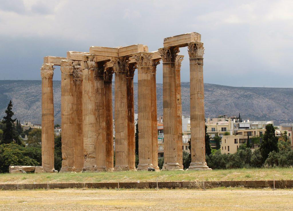 Ateny atrakcje Świątynia Zeusa Olimpijskiego